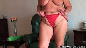 Mature woman spread her legs wide open for her step- son, to toy her curvy body