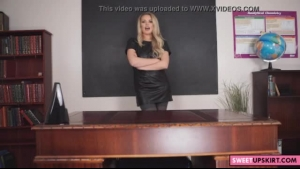Blonde mom removes her panty and pink panties